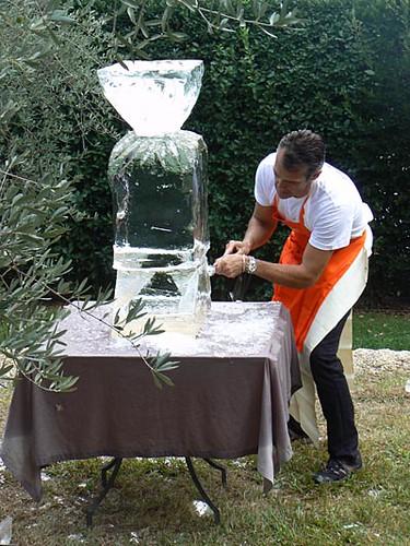 sculpteur sur glace.jpg