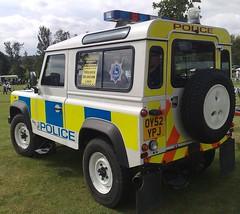 HERTFORDSHIRES ONLY  DEFENDER  90 (NW54 LONDON) Tags: landroverdefender90 hertfordshirepolice