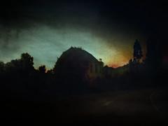 "Crepúsculo ..     twilight .. (tan.solo_milenia .) Tags: artdigital newacademy alwaysexc beyondclick texturesquared trolledproud virgiliocompany ""exoticimage"""