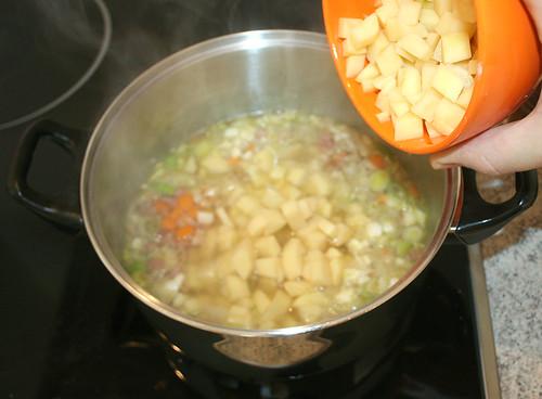 32 - Kartoffeln dazu
