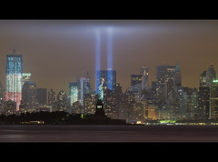 September 11, 2011: The 2011 Tribute in Lights (9/11 Memorial) (RBudhu) Tags: nyc newyorkcity ny newyork worldtradecenter 911 september112001 twintowers gothamist neverforget groundzero newyorknewyork batteryparkcity worldfinancialcenter lowermanhattan whotel tributeinlight wfc urbanskyline 7wtc 911memorial downtownmanhattan 7worldtradecenter freedomtower sevenworldtradecenter threeworldfinancialcenter downtownclub oneworldfinancialcenter twofinancialcenter 123washingtonstreet 9112010