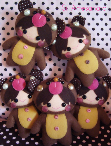 Little Girls Bear by Sil Artesanato