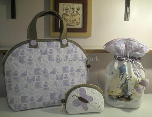 Conjunto Bolsa Passeio Bebê Menina e Gatinho ( o outro lado ) by tania patchwork