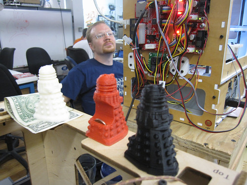 noisebridge guy with 3d printers and daleks