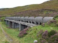 Glen Lyon (nz_willowherb) Tags: autumn water see scotland tour lyon perthshire visit glen pipeline collecting to go