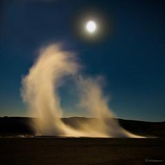 TUNGLI TOGAR (HPHson) Tags: night iceland moonlight ntt hph longexp tunglskin sonyslta55 tmataka hveragufa hotspringvapour
