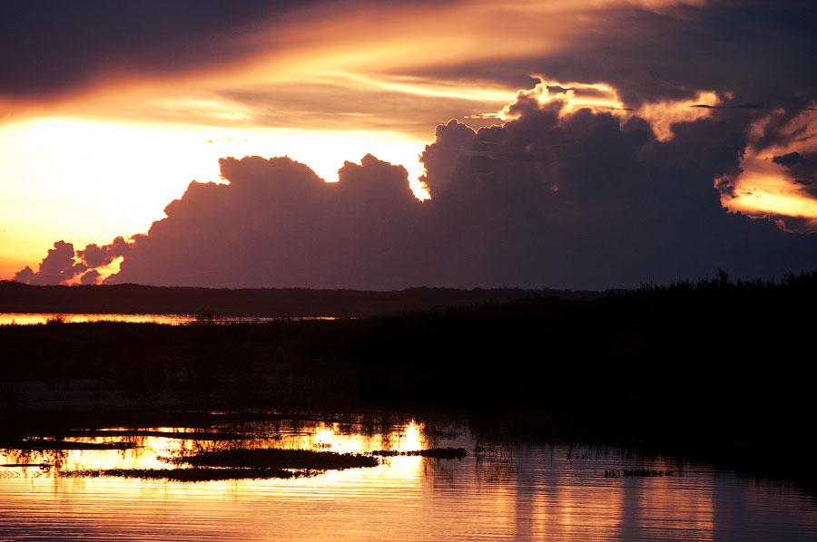 Вечер на Амазонке, Перу. Амазонка, Перу 2011 © Kartzon Dream - авторские путешествия, авторские туры в Перу, тревел видео, фототуры