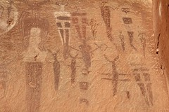 Courthouse Wash Pictographs / Arches National Park (Ron Wolf) Tags: archaeology utah nationalpark nativeamerican archesnationalpark petroglyph rockart pictograph anthropomorph anthromorph barriercanyon