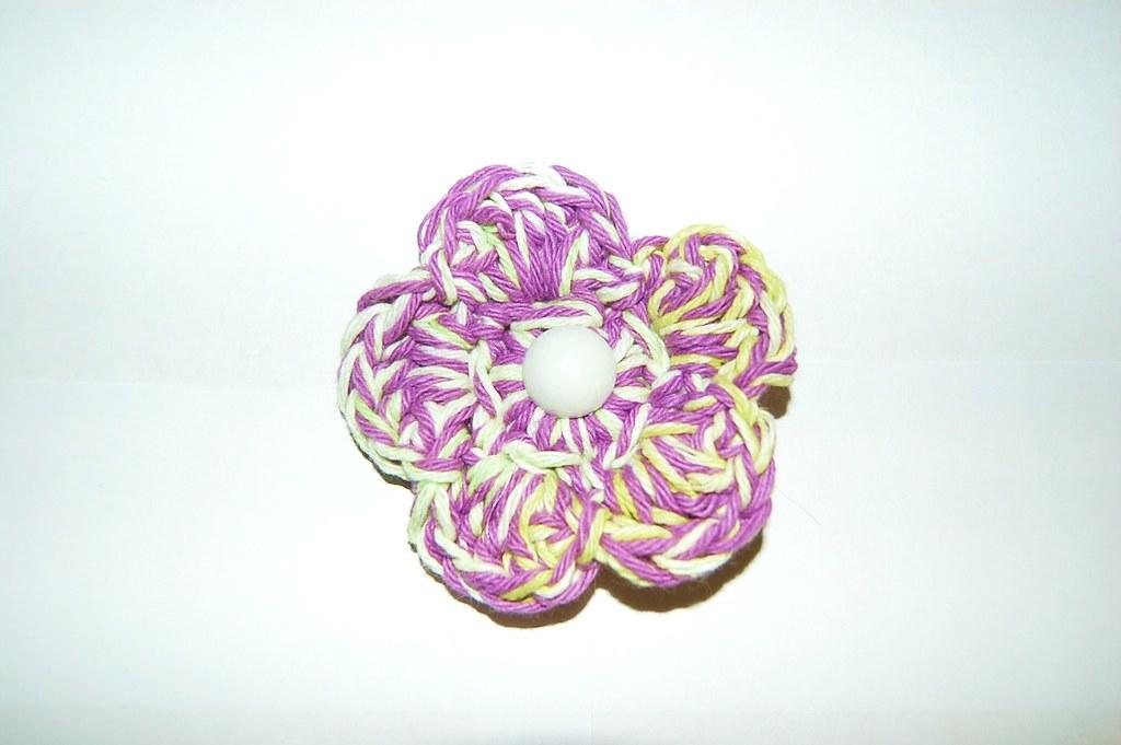 14 Purple & White Flower Hair Clip 1 Dainty Bloom