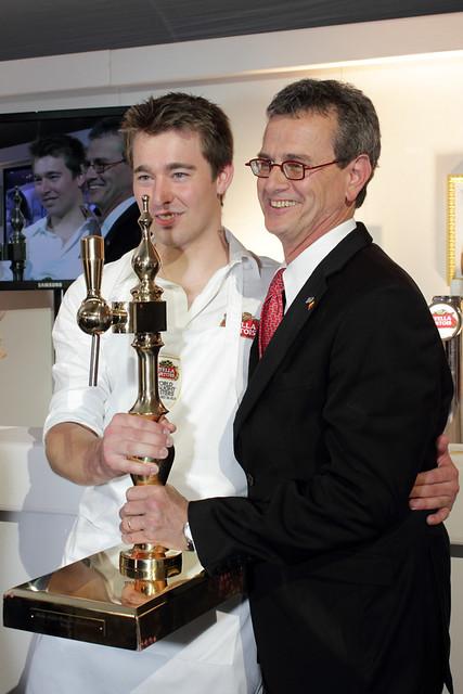 Stella Artois bekroont Belgisch Kampioen Biertappen 2011