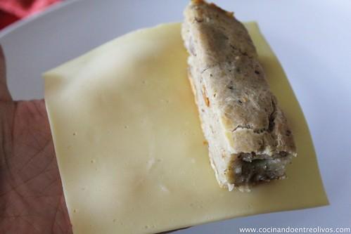 Pastel de hongos en canelón de queso gratinado (12)