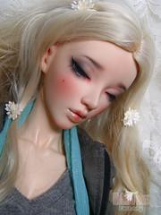 Chloe-Dreaming-Human Head-Close Up (Kokoro Box) Tags: chloe dreaming fairyland