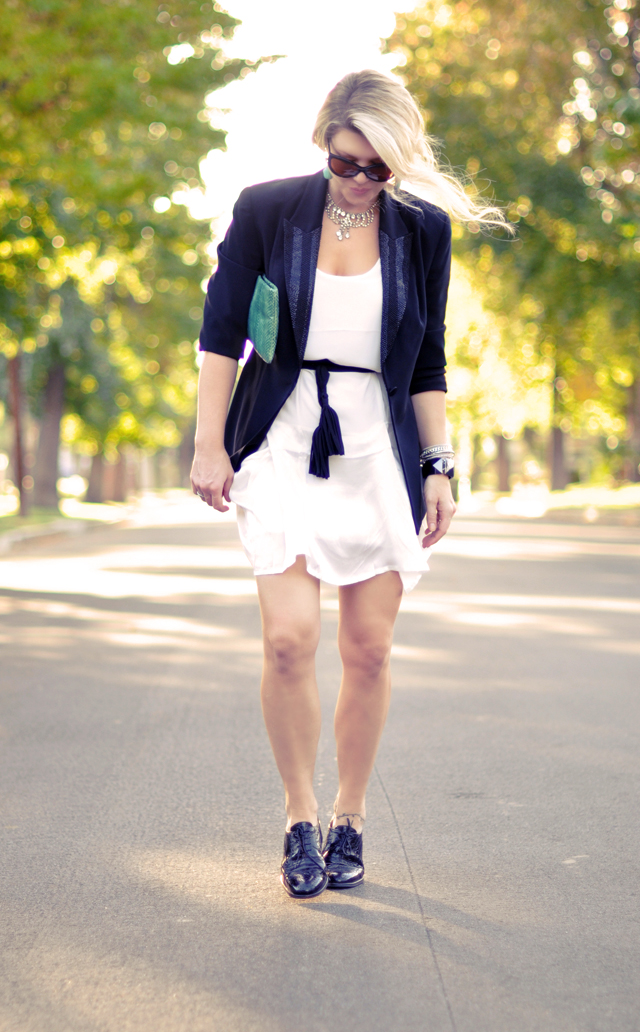 black and white outfit with  turquoise accents
