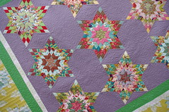 Star Quilt (QOB) Tags: quilt feathers patchwork qob longarmmachinequilted quiltsonbastings