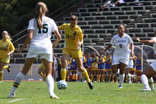 SFSU women's soccer