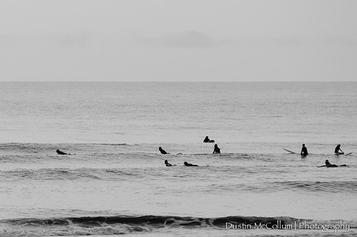 Surfers by dustinmccollum