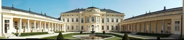 Károlyi kastély főépület és oldalszárnyak