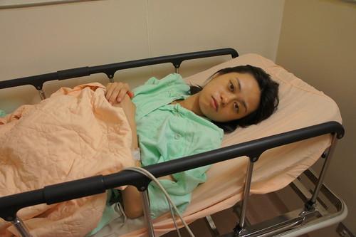 16 日晚間 11 點破水, 到院時還沒有開始陣痛