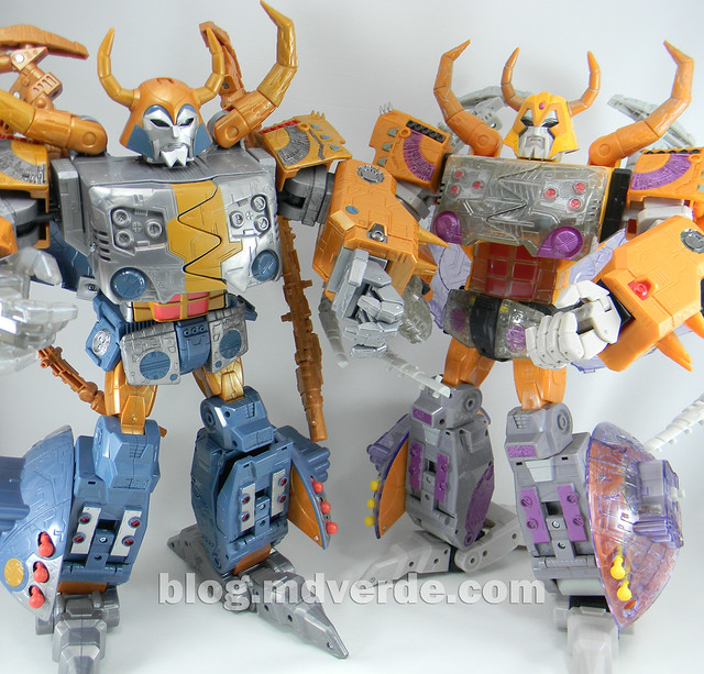 Transformers Unicron Generations Supreme - modo robot vs Unicron Armada