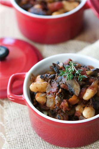 Vegetarian-Mushroom-and-Cannellini-Bean-Ragout-Recipe