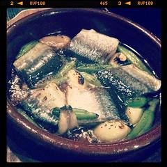 新秋刀魚のアヒージョ
