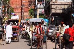 "0172 Chawri Bazaar - Old Delhi, India (Traveling Man – Traveling, back soon) Tags: life street india man men canon market candid delhi indian muslim bazaar rickshaw bazar wholesale subcontinent ""old 50d canonef24105mmf4lisusm bazaar"" canoneos50d chawri bazar"" delhi"" markaveritt ""chawri"