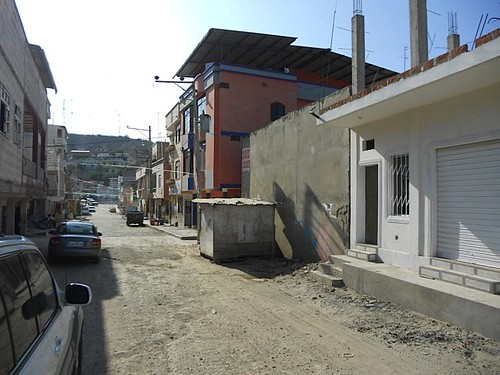 6186099901 2b5e52cac5 Ecuador Real Estate MLS   October 2011