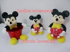 Mickey - Modelos (lariluzartesanato) Tags: aniversario biscuit festa lembrancinha centrodemesa cachepo bolaacrilica