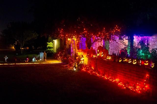 decorations halloween graveyard lights pumpkins decoration yardhaunt file:name=dsc09818