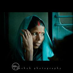 Co-Passenger (ayashok photography) Tags: blue portrait people woman india lady asian nikon asia indian railway desi saree bharat kv bharath desh barat sarrow northindian barath indianrailway bendhi nikkor70300mmvr ayashok nikond300 aya3552