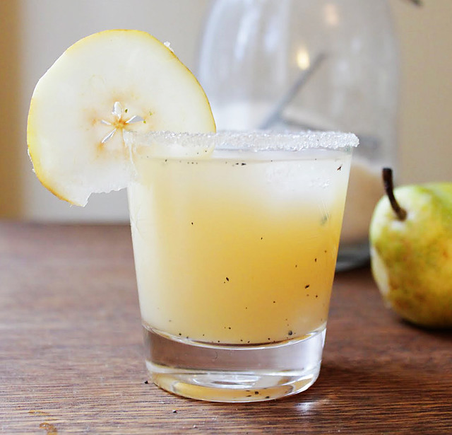Fall Cocktail Pear and vanilla