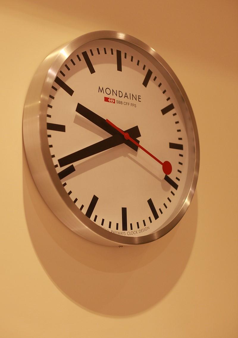 瑞士國鐵經典40公分掛鐘