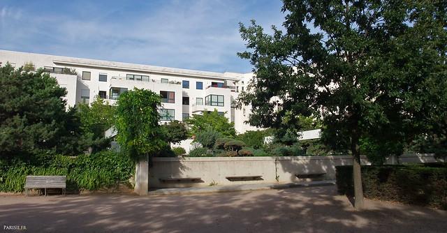Ces immeubles juste en face doivent être l'un des meilleurs endroits où vivre à Paris