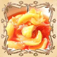 confettura-di-pesche-sbergie-e-fragole