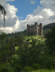 IMG_4522_23_24_ 2_ 3_tonemappe (xsalto) Tags: france de la tours chteau barrage hdr auvergne forteresse ruines valle cantal truyre dalleuze