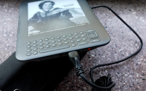 Charging the Kindle with solar power
