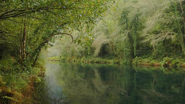 Rio Eume al principio del parque
