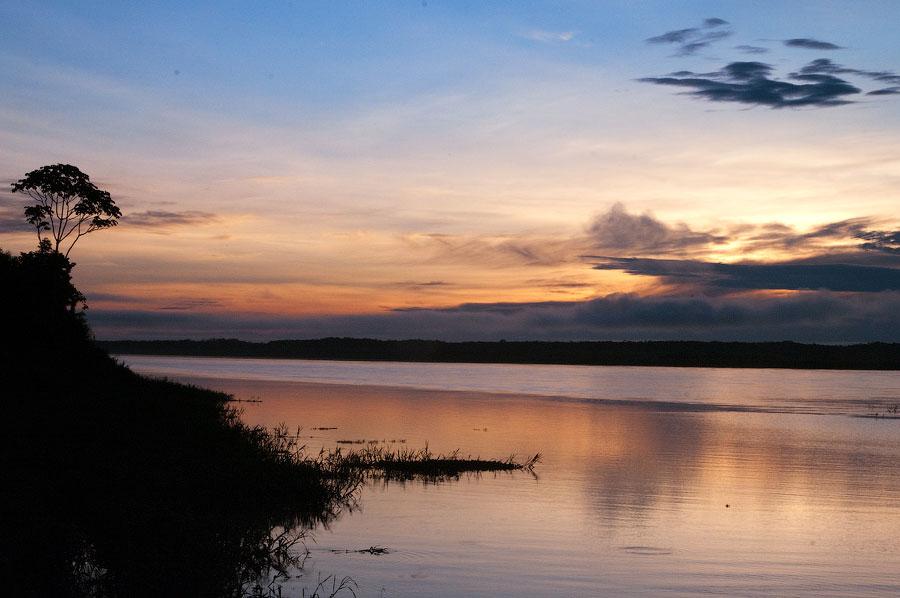 Сельва просыпается. Амазонка, Перу 2011 © Kartzon Dream - авторские путешествия, авторские туры в Перу, тревел видео, фототуры