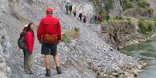 Ollantaytambo river hike