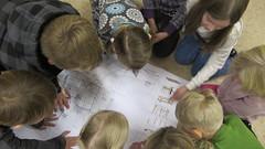 Koulun pihasuunnitleman tutkimista