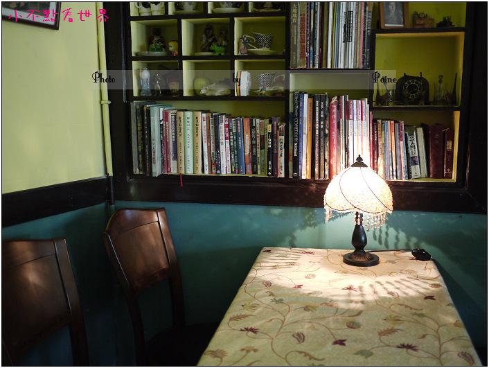 台南窄門咖啡館 (16).JPG