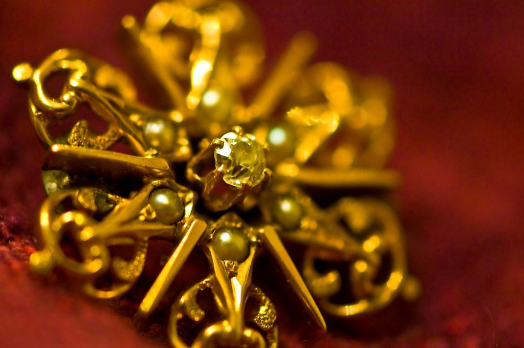 289/365 Gold Star