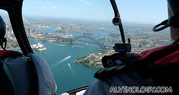 I see Sydney Harbour Bridge