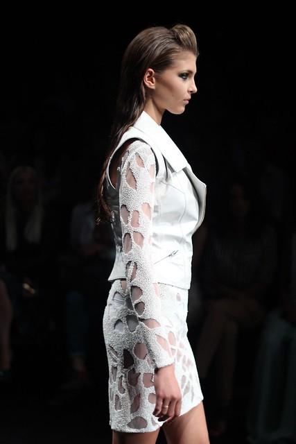 ifw, istanbul fashion week, ifw odakule, ifw 3. gün, Özgür Masur, Sade-ce,