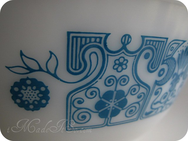 blue horizon casserole detail