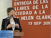 Helen Clark receives the key to the city of Tuxtla Gutierrez