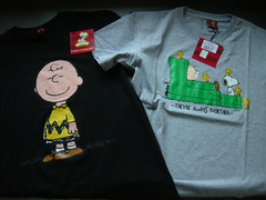 peanuts t-shirts (My Sweet 80s) Tags: comics cartoon mint tshirt peanuts linus sally 80s snoopy 1958 70s charliebrown fumetti woodstock stationery schroeder vignette collectibles joecool rere collezione anni70 schulz peppermintpatty adesivi strisce quaderni charlesm vintagestationery anni80 lucyvanpelt vintagecollectibles peanutsgang remint umoristico piperitapatty vintagestationary woodstook snoopyandthegang joefalchetto unitedfeaturesyndicateinc cartoleriavintage cartoleriaanni80 magliasnoopy