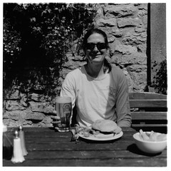 2011 - 32 (ronet) Tags: bw selfportrait film mediumformat lunch blackwhite pub hasselblad burgers scanned redlion publunch hasselblad500cm homedeveloped 52weeks litton fujiacros100 wetprint ilfordmultigradeiv ronet diydeveloped moerschdeveloper