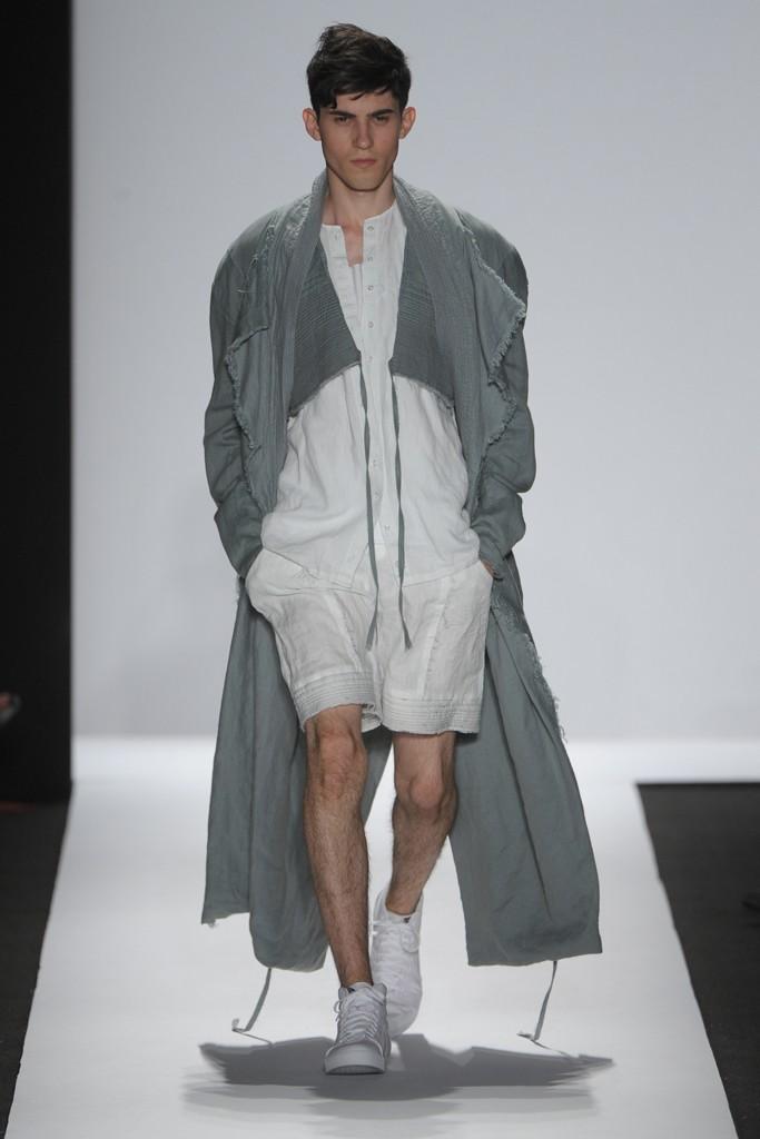 SS12 New York Academy of Art University012_Alfred Yoshiaki(Homme Model)