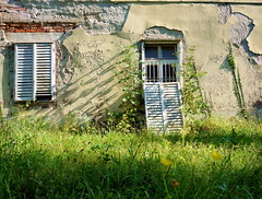 (elinor04) Tags: building abandoned window architecture hungary style jalousie shutter romantic mansion baroque renaissance decayed transdanubia vp erddy